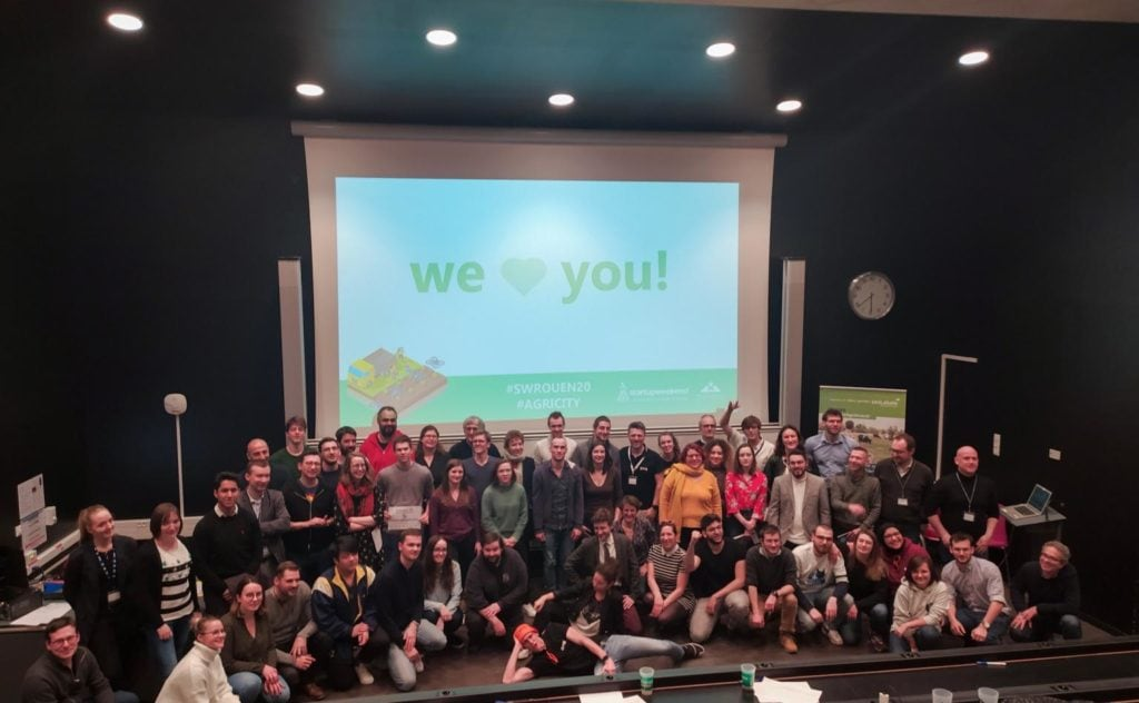 Photo de famille fin de startup week-end agricity